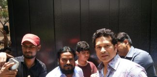 Sachin Tendulkar spends time with fans on 44th birthday – Photos