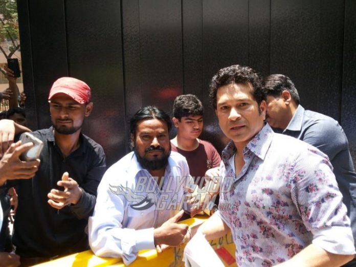 Sachin birthday fans2