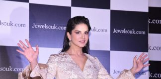 Sunny Leone looks stunning as brand ambassador for Jewelsouk – Photos
