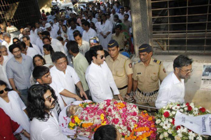 Vinod-Khanna-funeral7