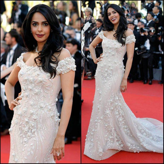 Mallika-Sherawat-Cannes-2017-day-1
