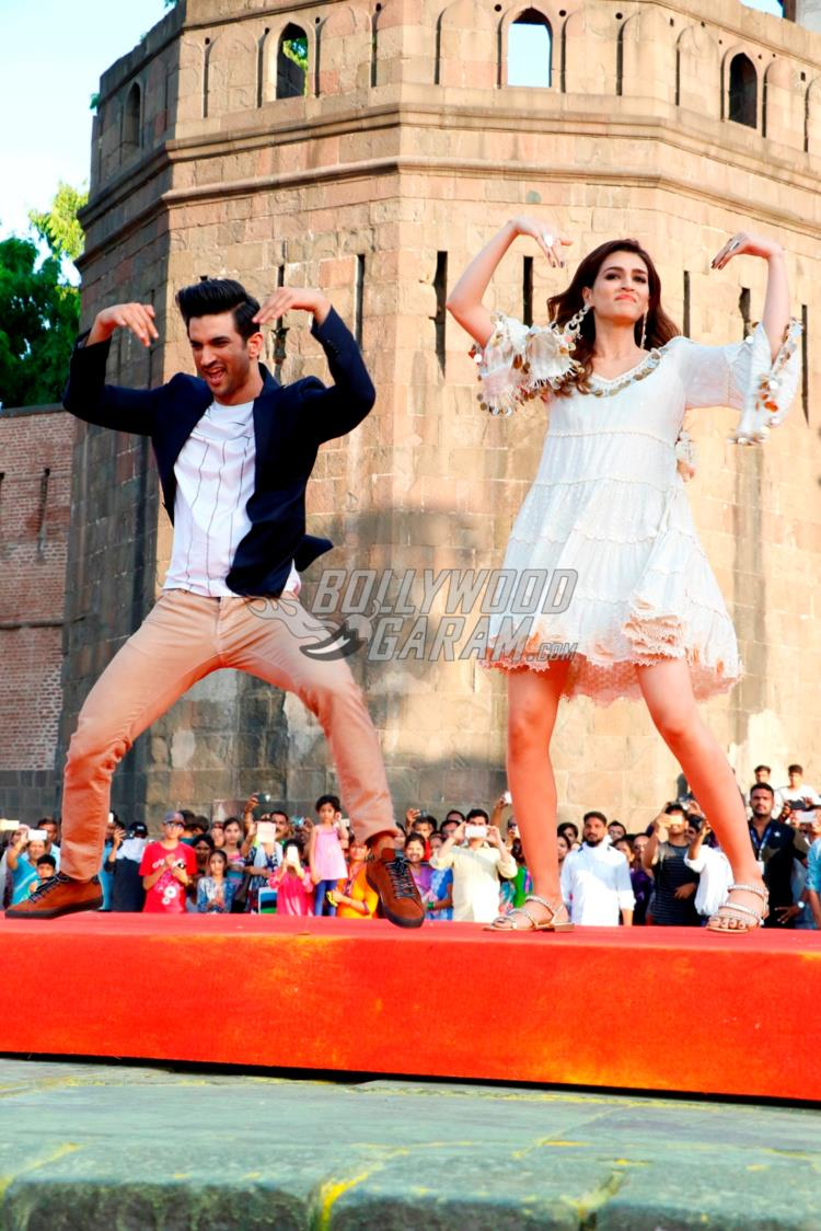 Sushant Singh Rajput and Kriti Sanon
