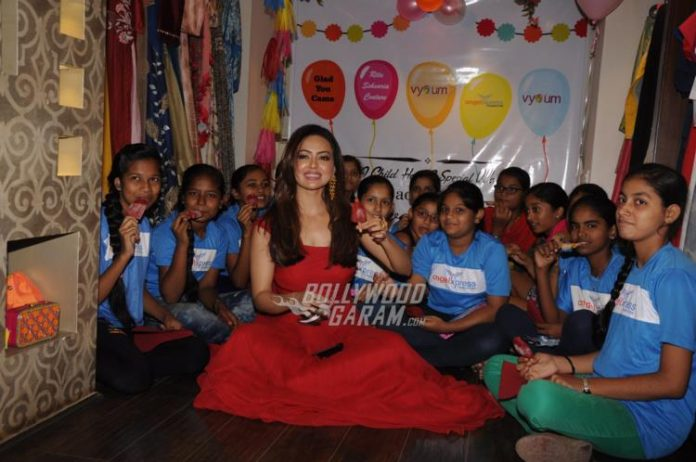 Sana Khan NGO funds2