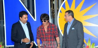 Shah Rukh Khan launches new INOX Multiplex in Mumbai – Photos