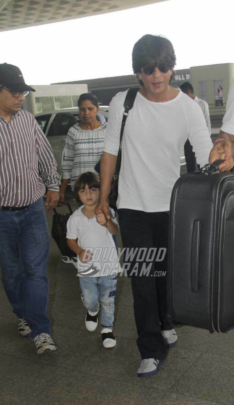 Shah Rukh Khan with AbRam at Mumbai Airport