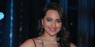 Sonakshi Sinha sizzles in blue for latest Nach Baliye 8 episode! Photos