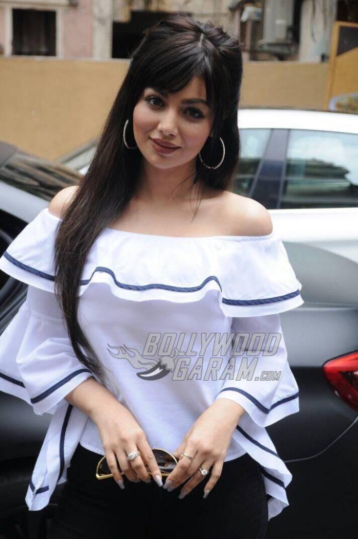 Ayesha Takia -1