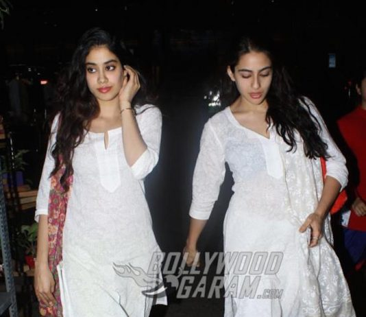PHOTOS – Sara Ali Khan and Jhanvi Kapoor dazzle in white at Mumbai airport!