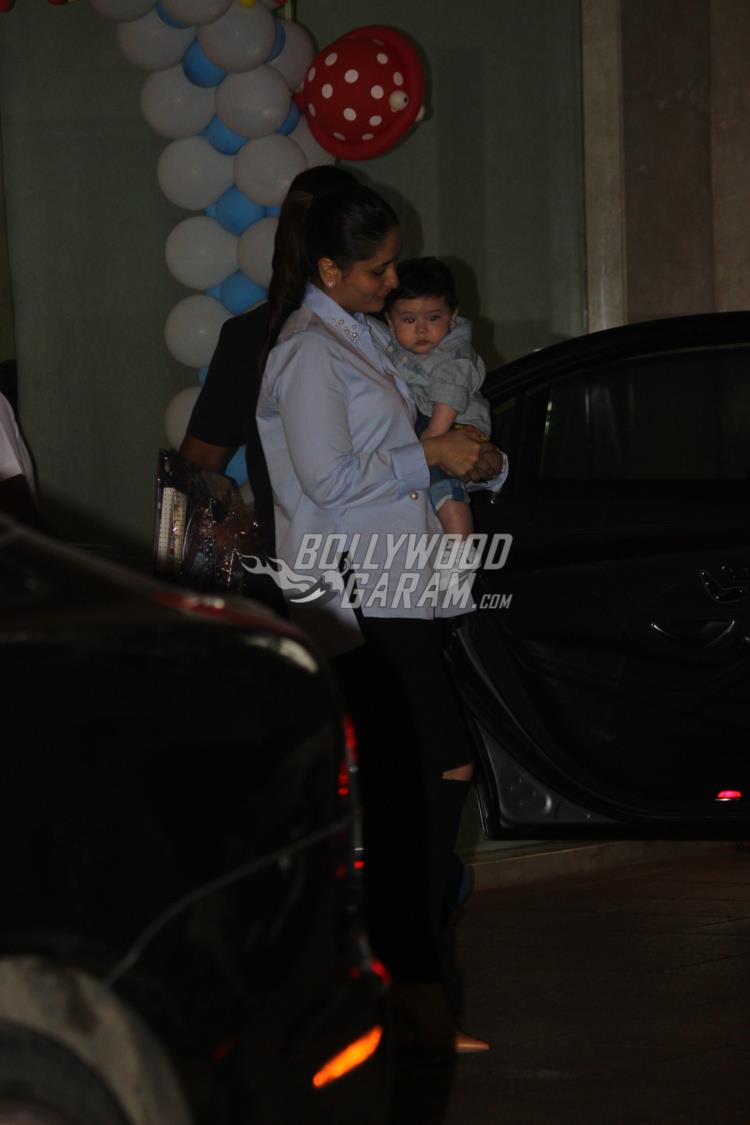 Kareena Kapoor with  Taimur Ali Khan