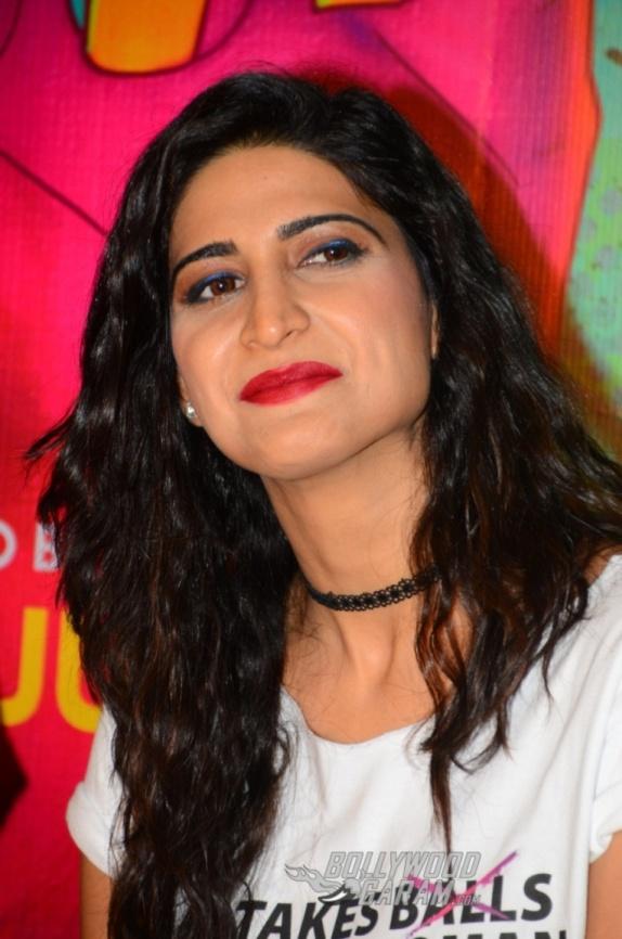Lipstick Under My Burkha (18)
