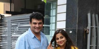 Photos – Siddharth Roy Kapur and Vidya Balan spotted exiting their apartment