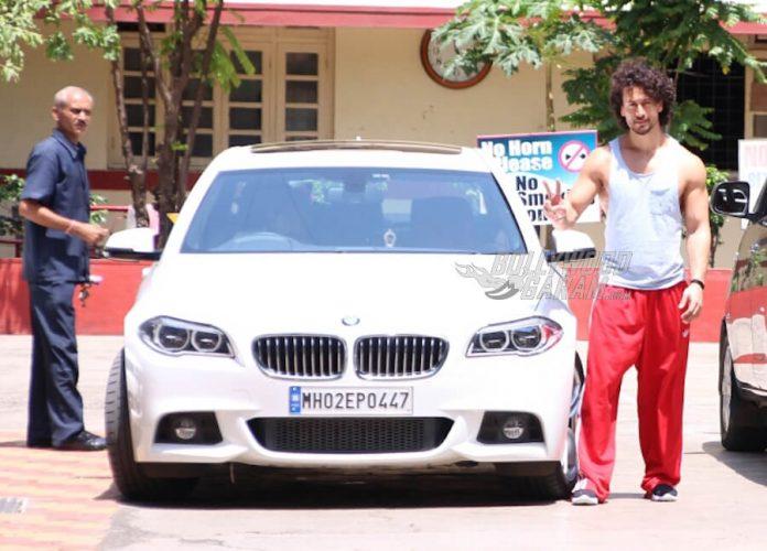Tiger-Shroff-BMW-car (1)