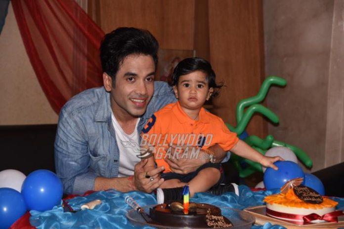 Tusshar son birthday8