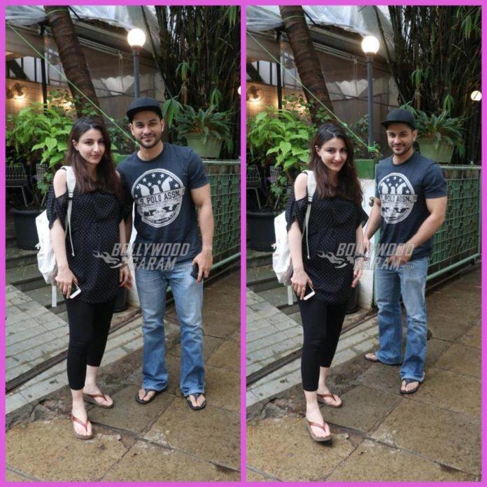 Soha and Kunal snapped