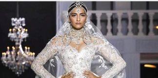 Photos – Sonam Kapoor dazzles in diamonds at Paris Fashion Week 2017!