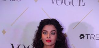 Vogue Beauty Awards – Aishwarya Rai Bachchan sizzles in a lacy dress with the stylish Bachchan family