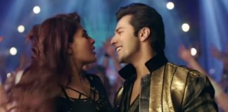 Varun Dhawan and Karisma Kapoor groove to Judwaa's iconic song Tan Tana Tan