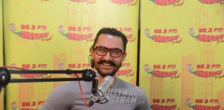 Aamir Khan promotes Secret Superstar at Radio Mirchi Studio
