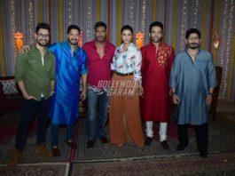 Team Golmaal Again in a festive spirit ahead of Diwali – Photos