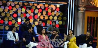 Team Golmaal Again visits sets of The Great Indian Laughter Challenge for film promotions – Photos