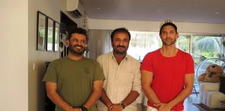 Hrithik Roshan and Vikas Bahl pose with mathematician Anand Kumar