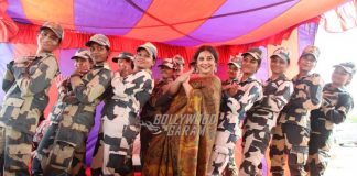 Vidya Balan promotes Tumhari Sulu with soldiers at India-Pakistan border