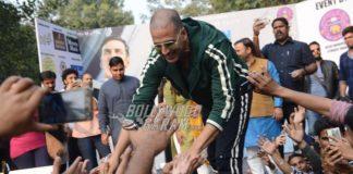 Akshay Kumar promotes Padman in Delhi and flags off Women Marathon