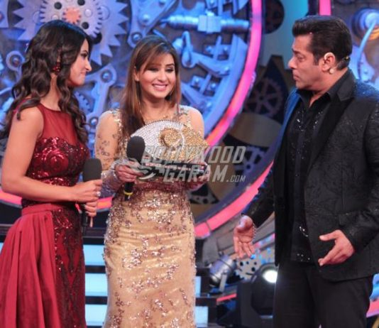 Shilpa Shinde defeats Hina Khan and Vikas Gupta to claim Bigg Boss 11 trophy