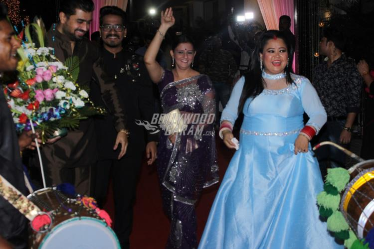 Dipika Kakar performs bhangra on Shoaib Ibrahim's beats at their wedding reception