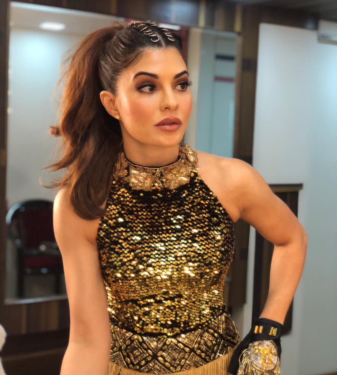 Jacqueline Fernandez to recreate Madhuri Dixit's Ek Do Teen for Baaghi 2