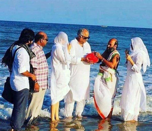 Boney Kapoor, Janhvi Kapoor and Khushi Kapoor immerse ashes of Sridevi in Rameswaram