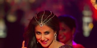 Urmila Matondkar sizzles in new song from Blackmail