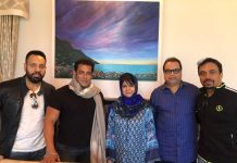 Salman Khan meets chief Minister while shooting for Race 3 at Kashmir