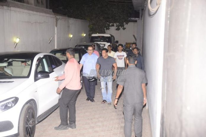 Salman Khan ramesh taurani-1