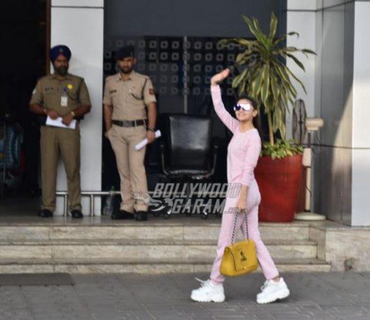Alia Bhatt returns to Hyderabad for Kalank shoot
