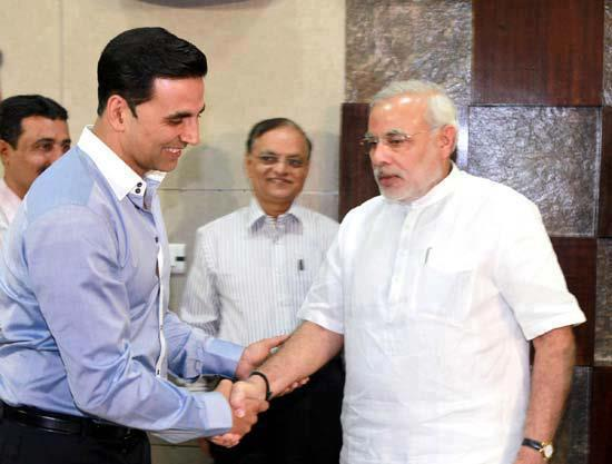 akshay and narendra Modi
