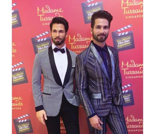 Shahid Kapoor unveils his wax statue at Madame Tussauds
