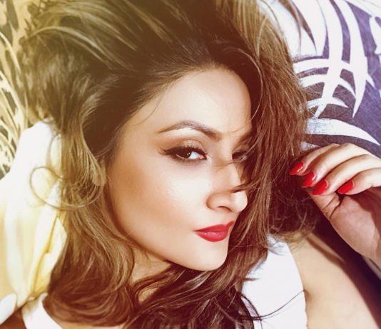 Urvashi Dholakia looks pretty in new promo of Nach Baliye 9