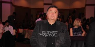 Rishi Kapoor returns to India post cancer treatment