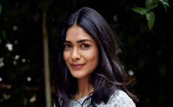 Mrunal Thakur bags female lead role in Hindi remake of Jersey