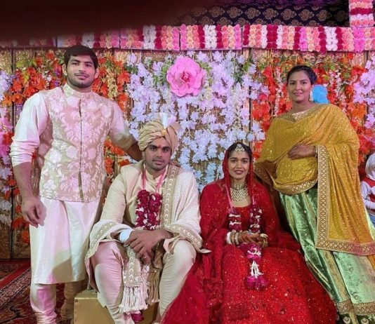 Babita Phogat gets married to Vivek Suhag in a traditional wedding ceremony