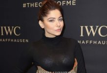 Kanika Kapoor tests positive third time for coronavirus