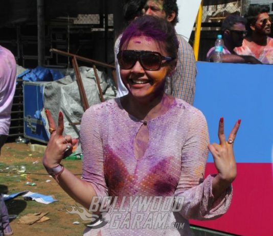 Devoleena Bhattacharjee files complaint against a person for cyberbullying
