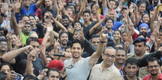 Sidharth Malhotra promotes Baar Baar Dekho and shows off killer moves
