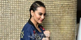 Sonakshi Sinha promotes Akira at photoshoot